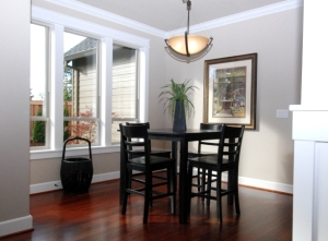 Kitchen Nook - Enjoy the Sun & View of the Yard